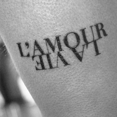 tatuaje estilo lettering